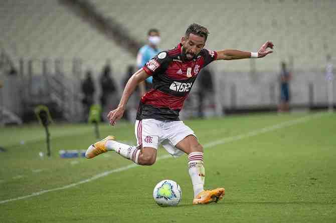 Mauricio Isla, el mejor lateral de Brasil,  está a un triunfo de ser campeón
