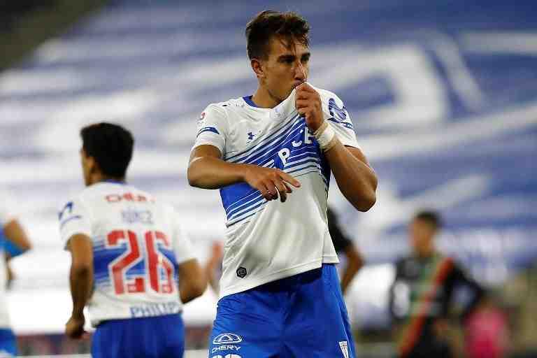 """Diego Valencia, delantero de la UC: """"Analizo todos los partidos con el sicólogo del club, así llego mejor preparado"""""""