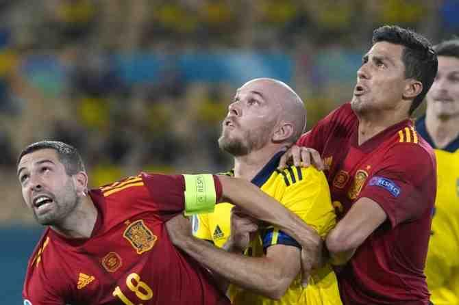 """España, lejos de la """"Furia"""": apuntó un deslucido empate sin goles con Suecia"""