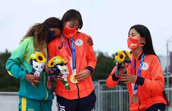 JJ.OO.: Las niñas que están cambiando la historia sobre una patineta